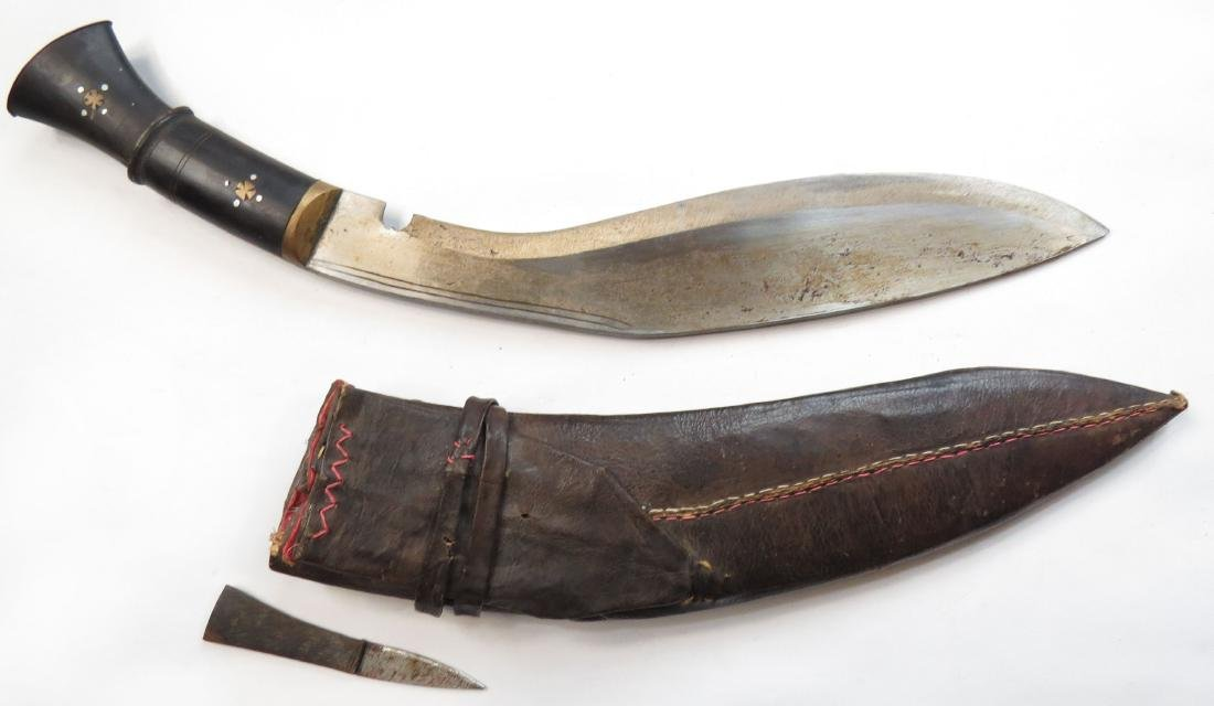 A NEPALESE KUKRIE DAGGER