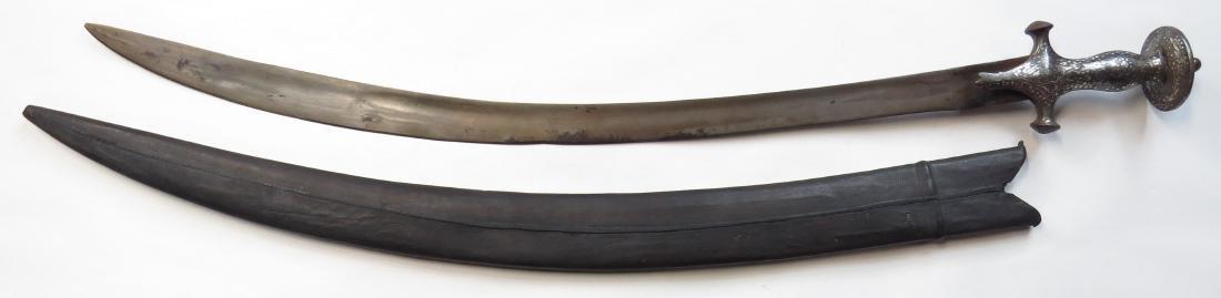 AN INDIAN TULWAR SWORD - 4