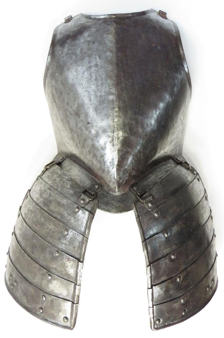 A RARE ENGLISH PIKEMANS ARMOR