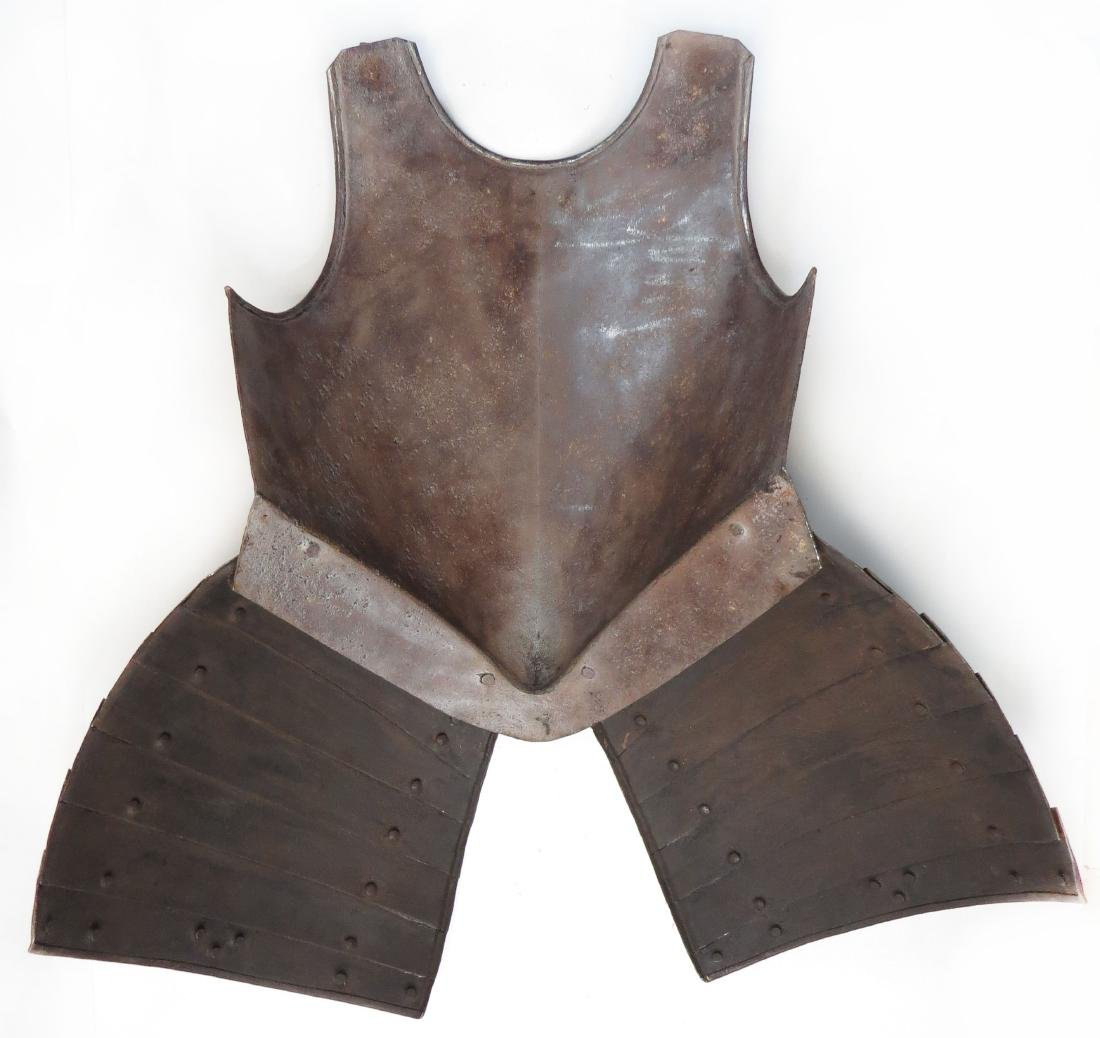 A RARE ENGLISH PIKEMANS ARMOR - 4
