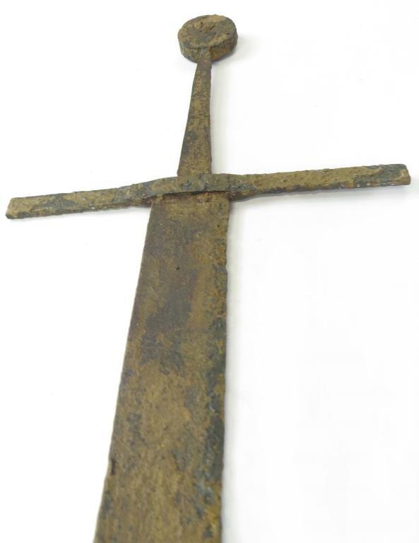 A MEDIEVAL FALCHION SWORD - 7