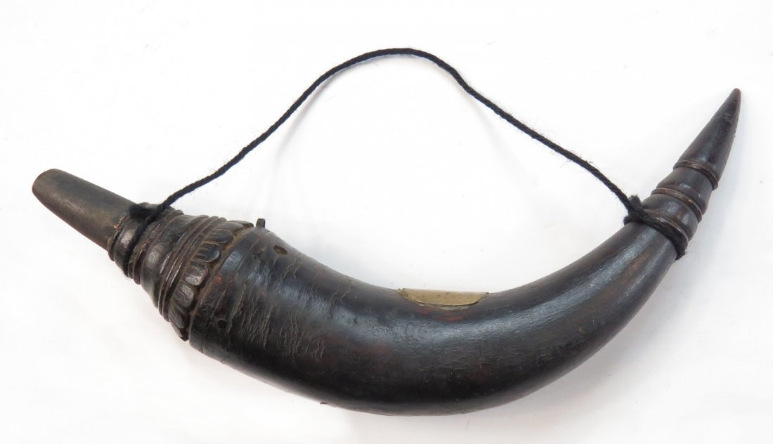 A SOUTHEAST ASIAN POWDER HORN