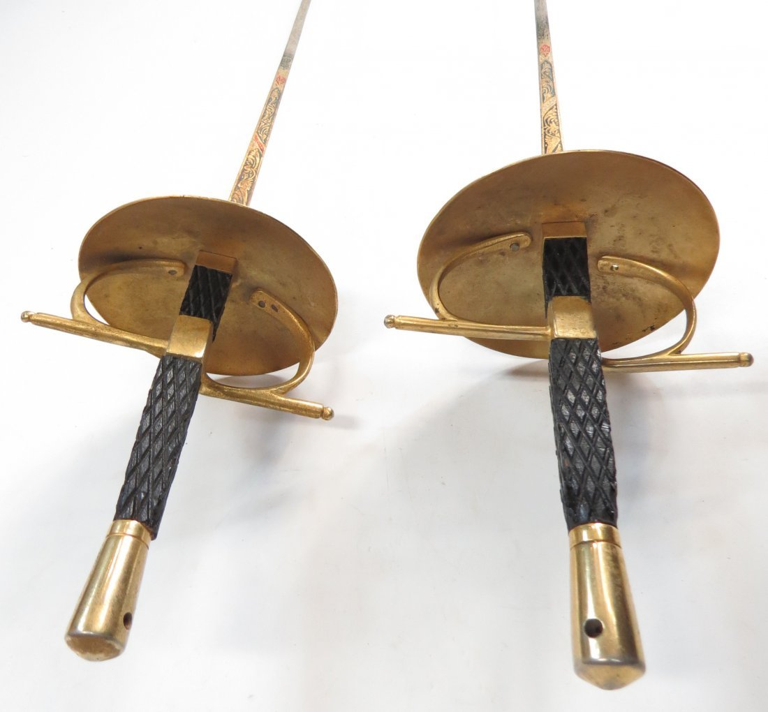 A PAIR OF FENCING FOILS - 4