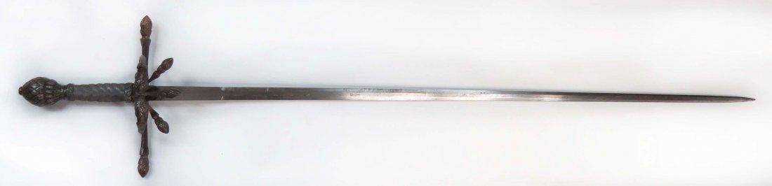 AN ELEGANT RAPIER SWORD