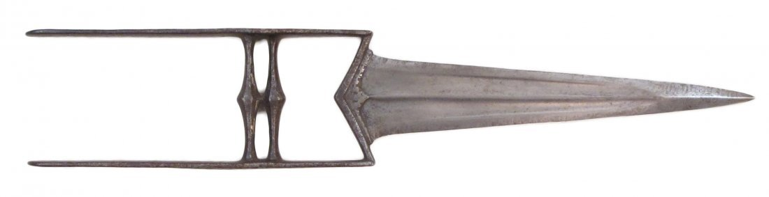 AN INDIAN KATAR DAGGER
