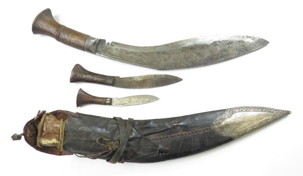 A NEPALESE KUKRIE KNIFE - 2