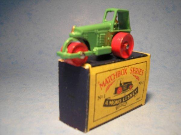 4: Matchbox,1B, Aveling Barford Road Roller,