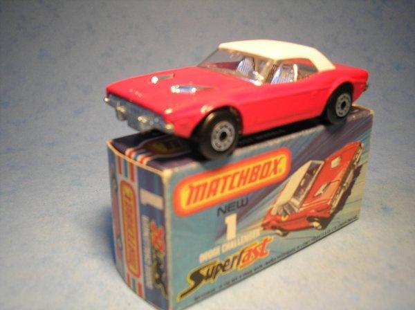 375: Matchbox Superfast, 1C CM2, Dodge Challenger