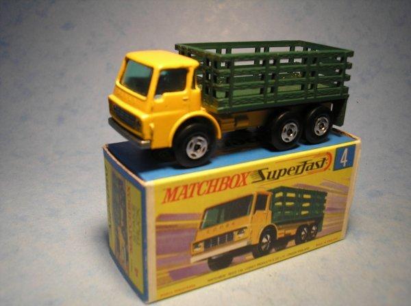 391: Matchbox Superfast, 4A CM1, Dodge Stake Truck