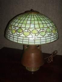 100: Tiffany Studios acorn shade #1435-160  Handel base