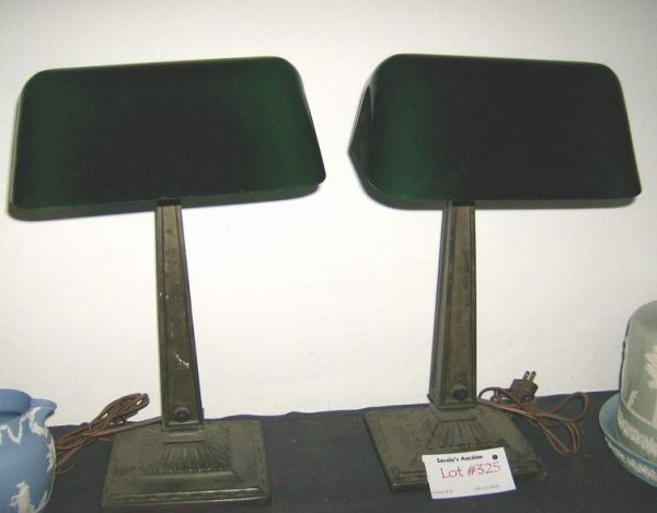 325: Pair of Emeralite Daylite lamps