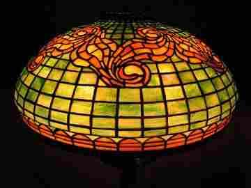 "125. Tiffany Studios ""Tyler"" table lamp"