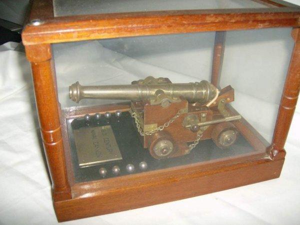 15: Replica 18th Century Naval Miniature Cannon in wood