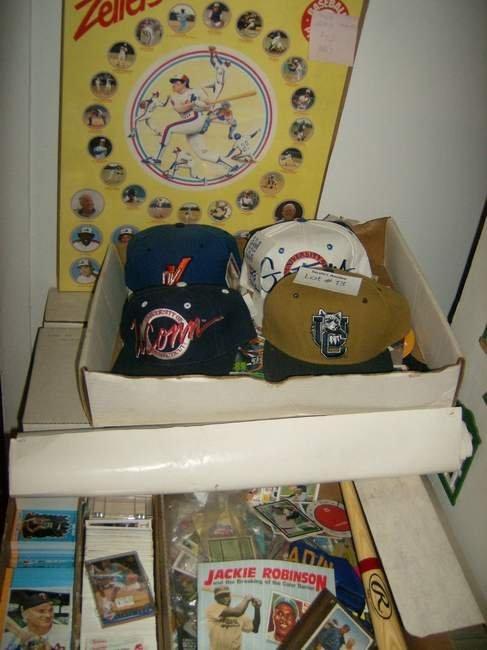 13: Lot of Sports items inc cards, autographs memorabil