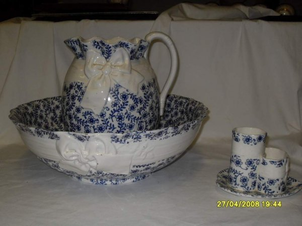 14: Minton Pitcher & Bowl set with toothbrush holder