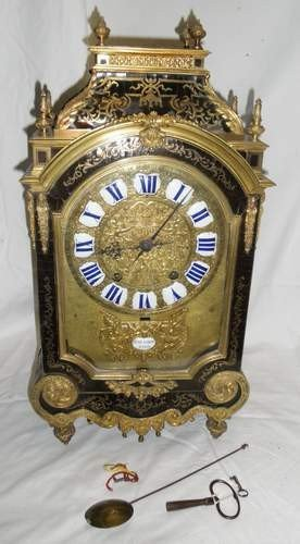100: LOUIS XIV BOULLE MARQUETRY MANTEL CLOCK CIRCA 1680