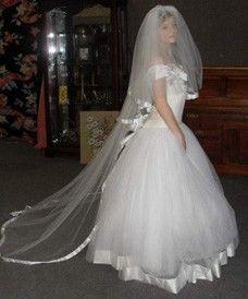 24: Vera Wang wedding dress