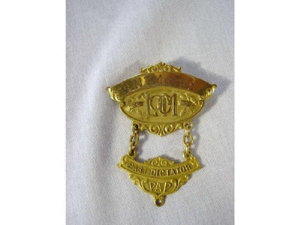 2004: Loyal Order of Moose Past Dictator PAP Badge pin