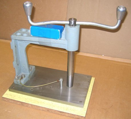 208: Tapping Stand