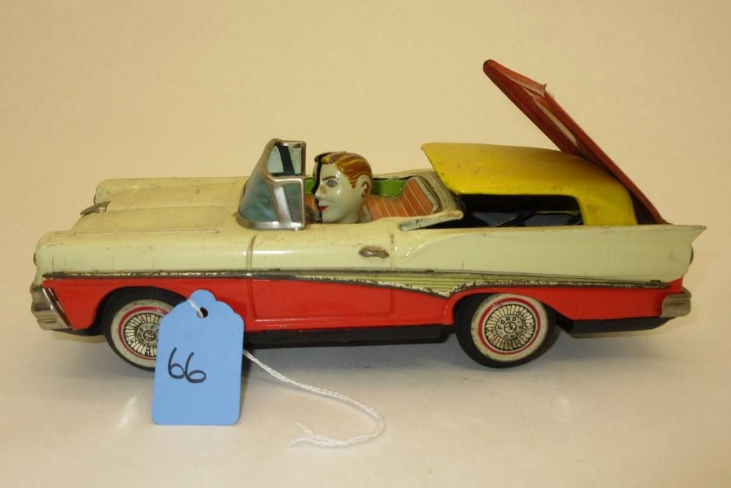 1958 FORD TIN LITHO BATT OP W/ RETRACTABLE ROOF