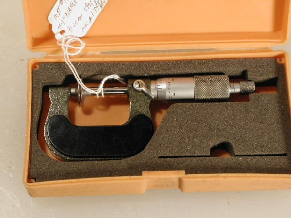 505: Mitutoyo No. 117-107 Flange Micrometer 0 to 1 inch