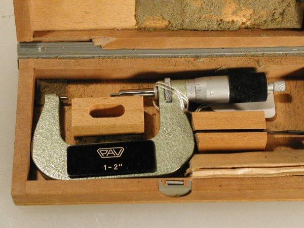 512: PAV 1 to 2 inch Spline Micrometer