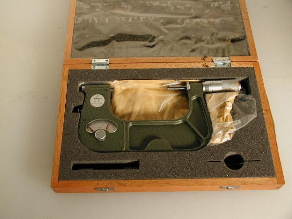 524: Mitutoyo 3 to 4 inch Indicating Micrometer