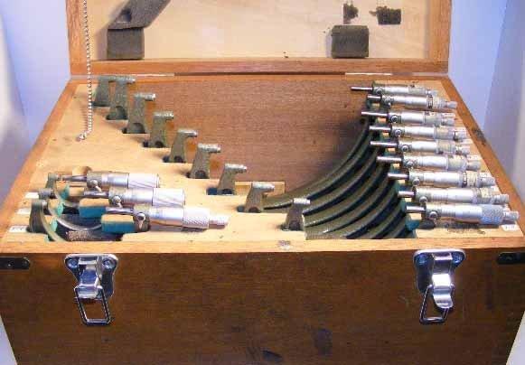 "638:  Mitutoyo Micrometer set 0 to 12"" w/ standards"