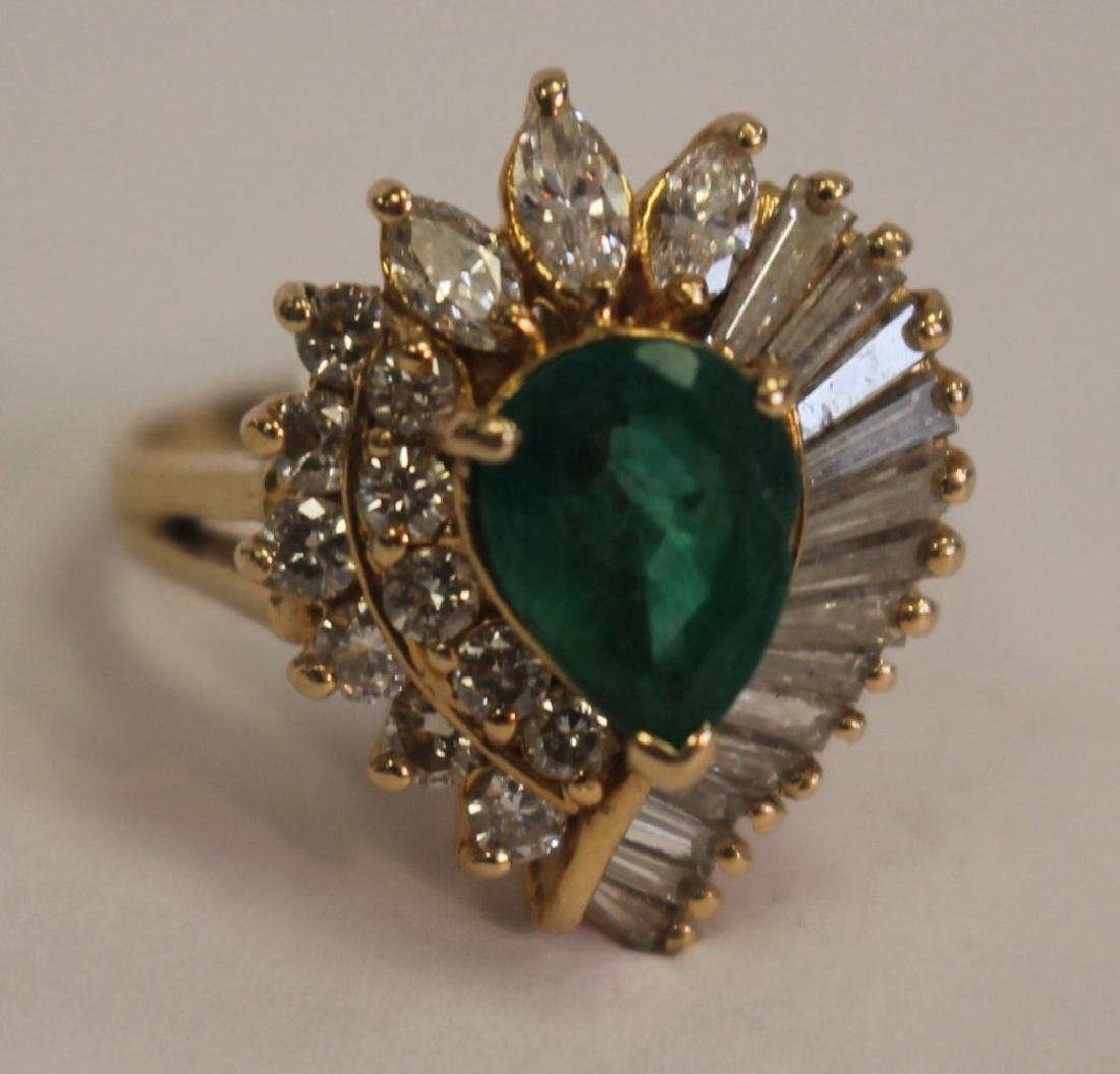14k gold ladies cocktail ring w emerald center stone &
