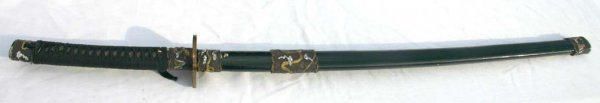 16A: antique sgnd Samurai sword w laquered gold & silve