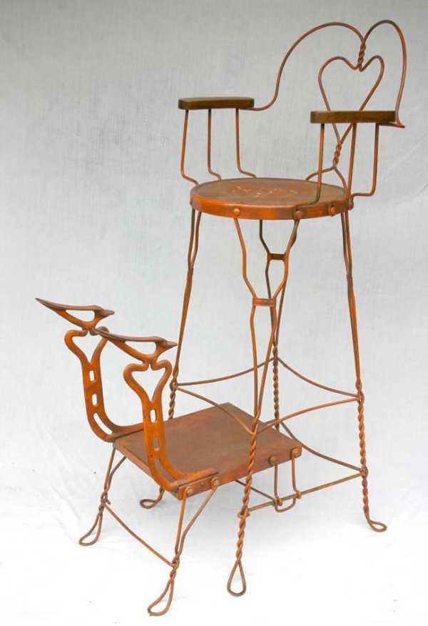 - 1232: Antique Iron Shoe Shine Chair - 4'6