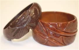 2 Vintage Bakelite carved brown bangle bracelets - 2
