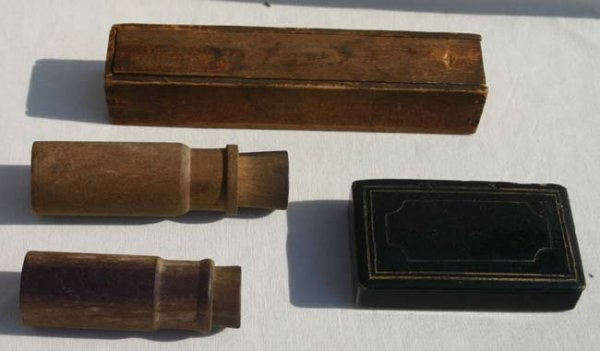 1009B: Civil War lot of 5 great snuff boxes; POW carved