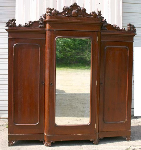 1020: highly carved Victorian  3 door mahog armoire - 9