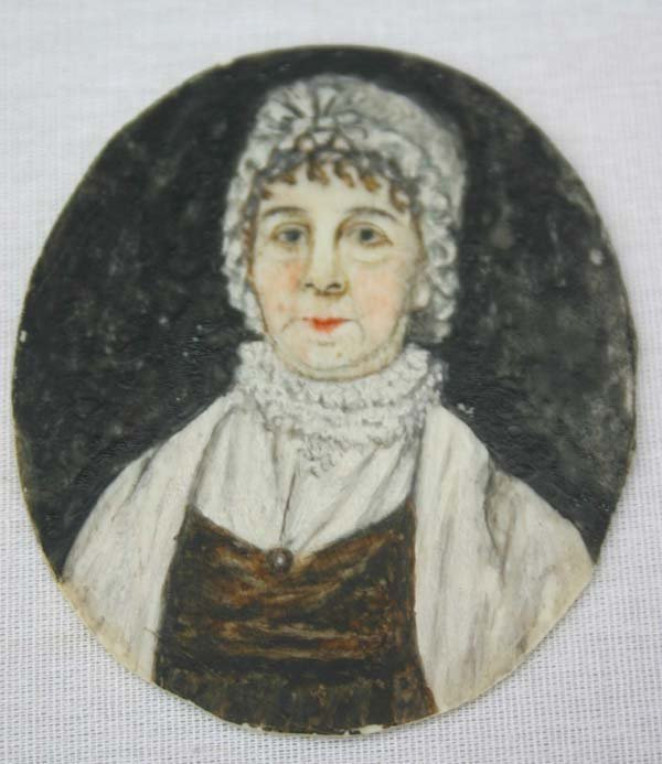 1009: ca 1840 American mini ortrait on ivory of an olde