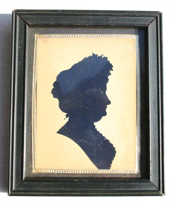 1018: Victorian era silhouette portrait of an older wom