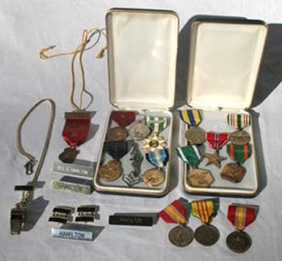 19A: lot of Vietnam era metals belonging to Officer Ear