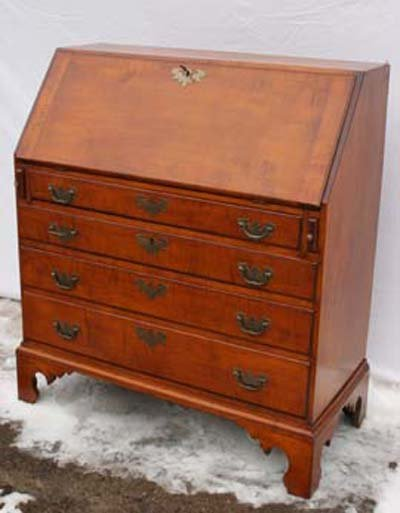 20: Great Chippendale period ca 1780 Eastern CT tiger m