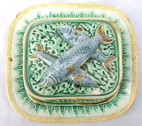 2: Griffin Smith & Hill Etruscan Majolica sardine dish