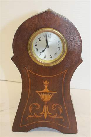 New Haven wooden inlaid small schoolhouse clock - wound