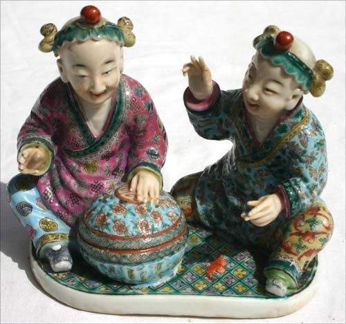 367: Great quality early ca 1830 Chinese porcelain figu