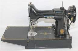 """Vintage Singer Featherweight sewing machine - 10"""" tall"""