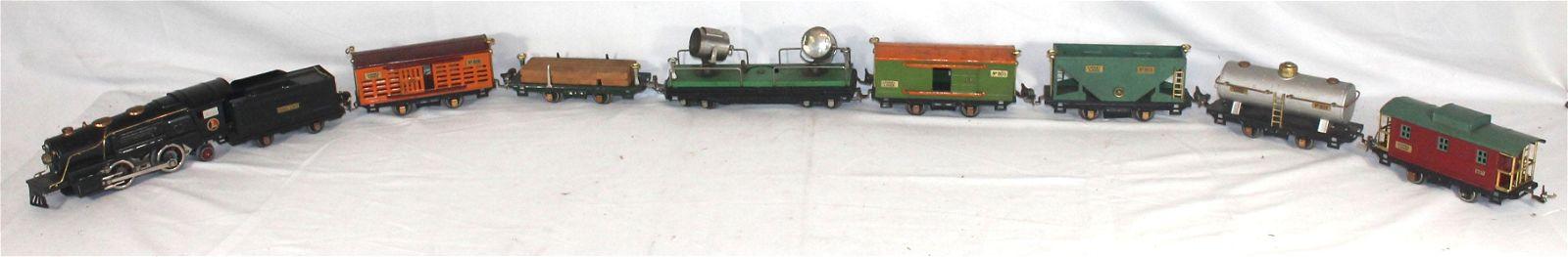 Lionel train cars w O Gauge loco & tender plus 7 cars -