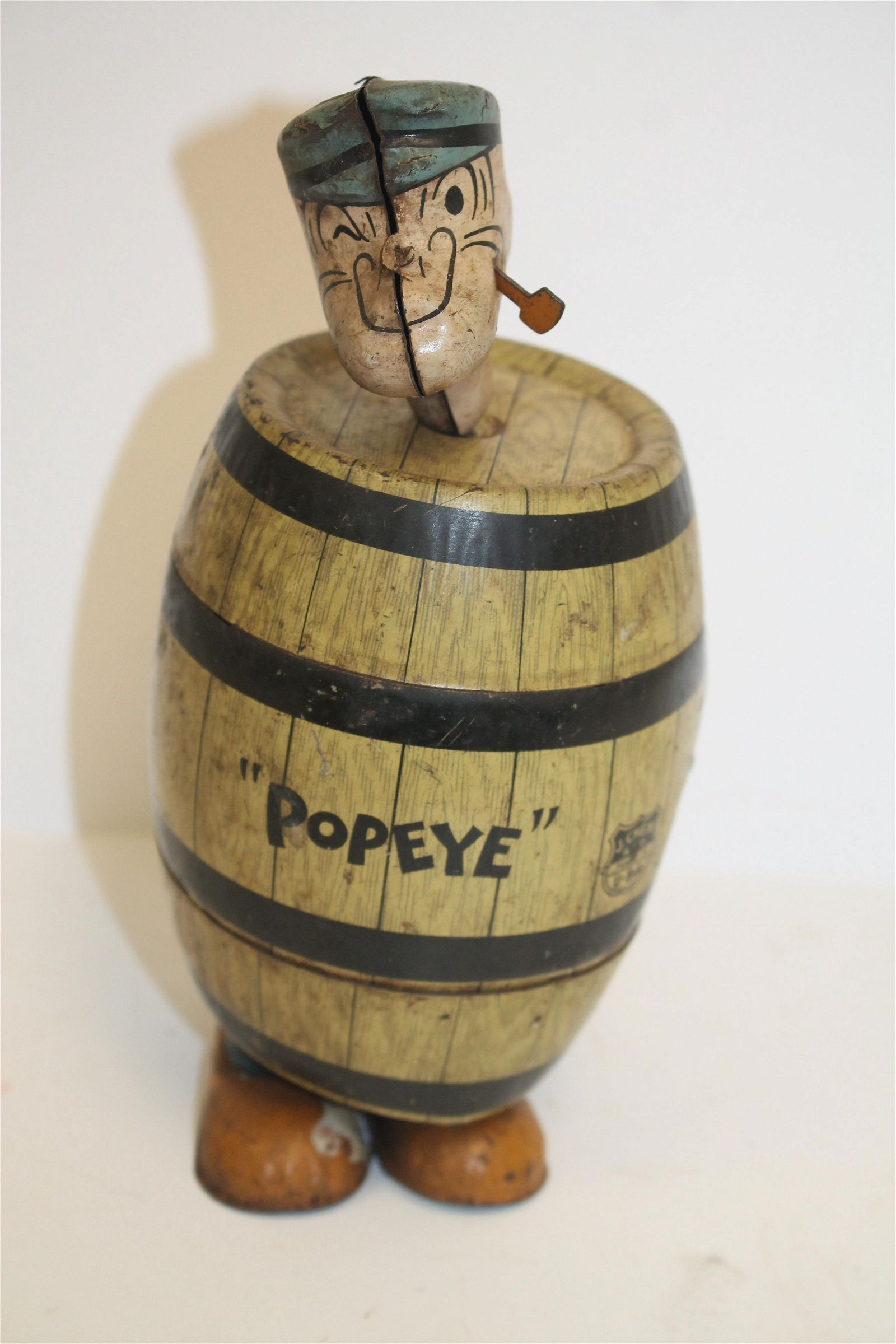 """King Features """"Popeye"""" in barrel tin wind-up toy - 6"""