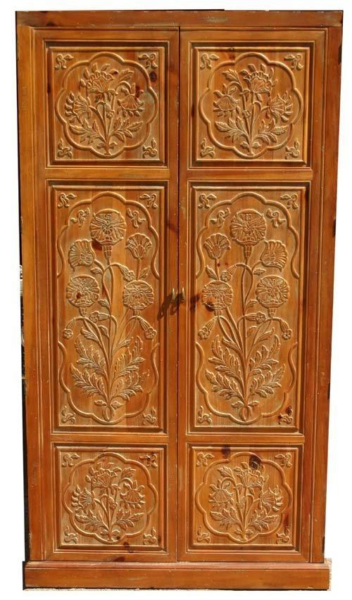 "1A: Henredon pine wardrobe/ entertainment cabinet 6'5"""