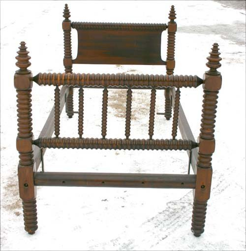 1G: 19thC twin turned spool bed