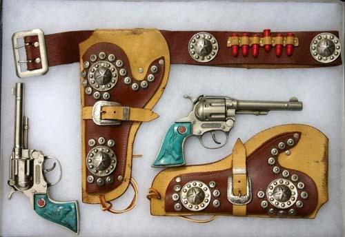 "18: ""Western"" gun & holster set w bullets & turquoise h"