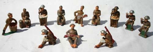 193: lot of soldiers by Manoil & Barclay incl figures,