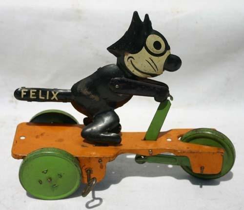 "328: Felix The Cat tin wind up - 8"" long"