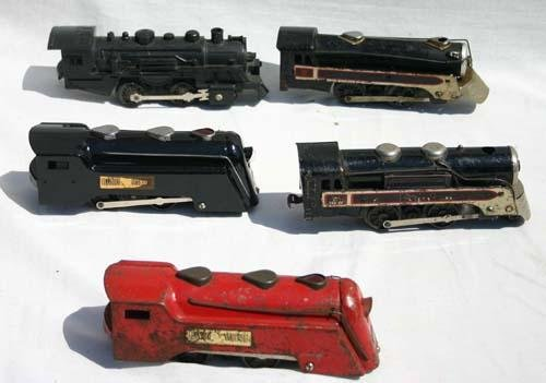 331: large lot of trains, engine & cars plus track, tra